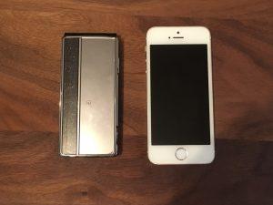 ドコモのガラケーとiPhone5S